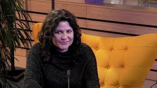 Ilona Csáková (Host Frekvence 1)