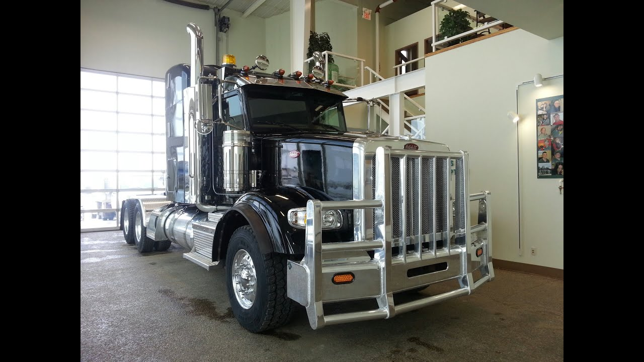 2014 Peterbilt 367 Lowboy Tractor w/ Wet Kit
