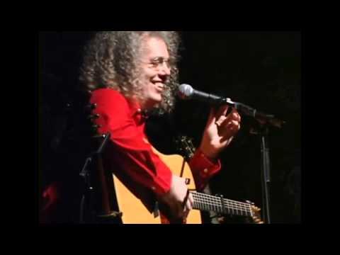 Robin Bullock performing Carol of the Bells