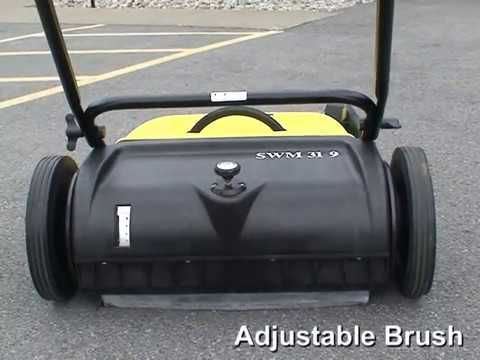 Manual Push Sweeper for Indoor / Outdoor Sweeping