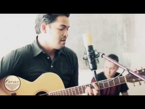 Fayuca - Tricky Sneaky Sleeves (Acoustic @ Bombshelter Sessions)