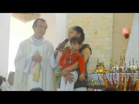 Em bé Trà My 3 tuổi này là chứng nhân của Lòng Thương Xót Chúa