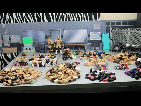 WWE FIG HACKS! DIY FIGURE FODDER & ACCESSORIES ORGANIZATION!