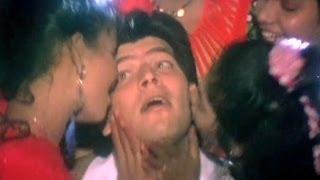 Gali Gali Mein Gaana, Aditya Pancholi, Amit Kumar - Yaad Rakhegi Duniya Song