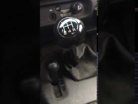 2000 Dodge dakota NV3500 Noise - YouTube