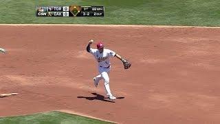 TOR@OAK: Milone retires Navarro to end the inning