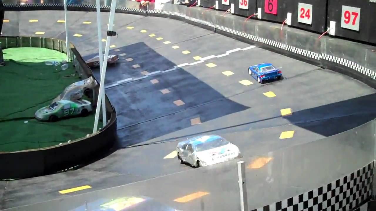 Speedway Mini Car Racing