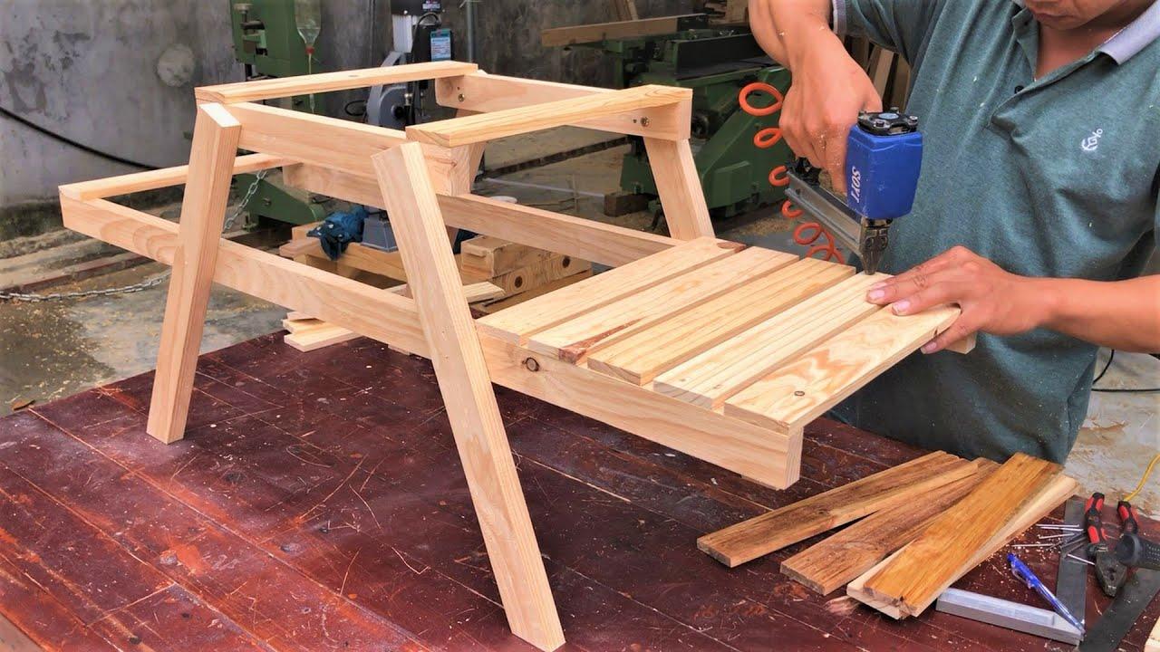 Best Ideas Tree Racks For Your Indoor and Outdoor Spaces // Excellent Garden Woodworking Projects