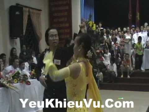 YeuKhieuVu.Com - Waltz - Khieu Vu Quoc Te Benh Vien Da Khoa TW Thai Nguyen ( Tango)