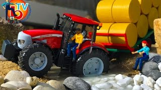 BRUDER TOYS Traktor McCormick with Bale transport trailer