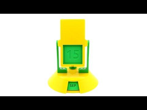 """3D-printed Vintage """"Perpetual"""" Flip Calendar"""