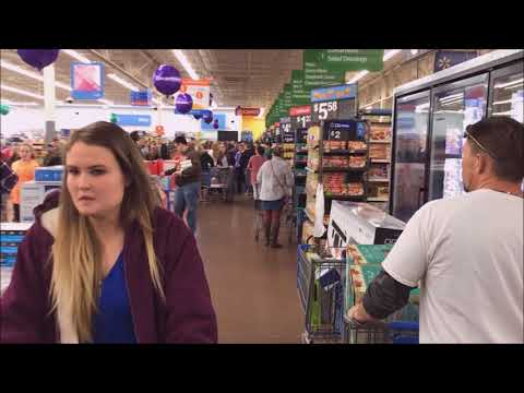 Walmart #1937 Thanksgiving Black Friday 2017 Coshocton, Ohio