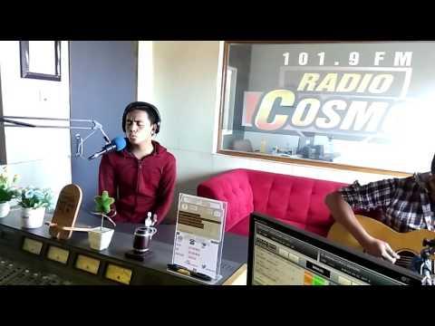 Rama Eru - Memeluk Angin (Live Akustik di Radio Cosmo Bandung)