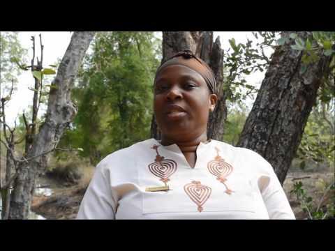 Meet Goodness Makubela – the Head Waitress at Sabi Sabi Earth Lodge