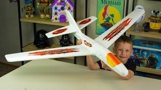 Foam Airplane GoPro Fail | Kinder Playtime Short
