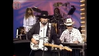 Waylon Jennings - Ain't Living Long Like This
