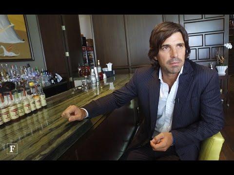 Vida Forbes. Nacho Figueras, jugador de Polo.