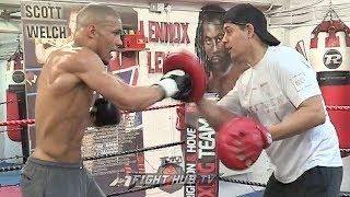 CHRIS EUBANK JR HIGHLIGHTS POWER & TECHNIQUE ON THE PADS AS HE TRAINS FOR JAMES DEGALE