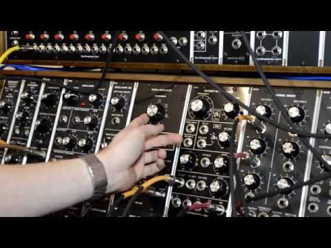 Mos Lab Kobol Oscillator - FM Modulation of Wave...