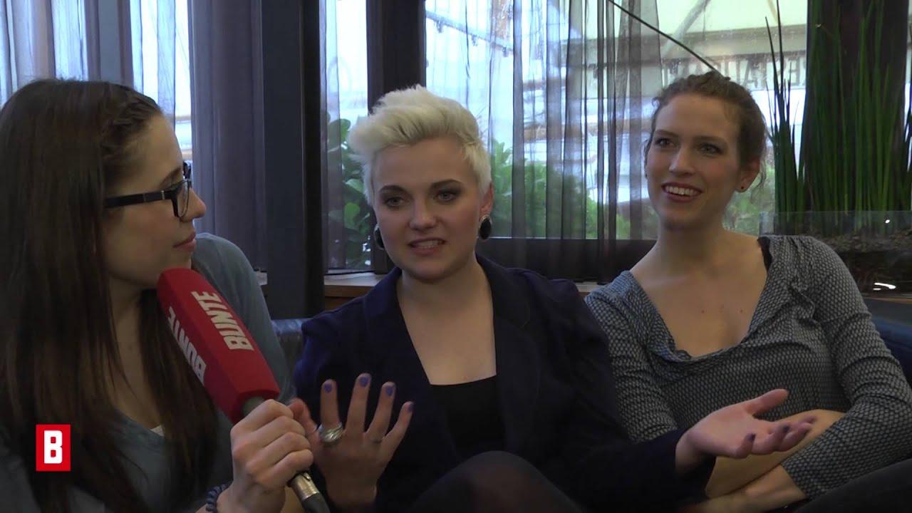 BUNTE TV - Elaiza: Sturz auf der ESC-Bühne