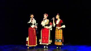 """Filip Kutev in Korea """" Vecherjai, Rado""""- Neli Andreeva, Milena Stavreva, Tanja Purvanova"""