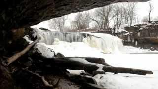 Cataract Falls in Winter
