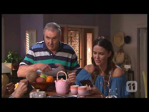 [Neighbours] 7778 Karl & Susan & Elly Scene