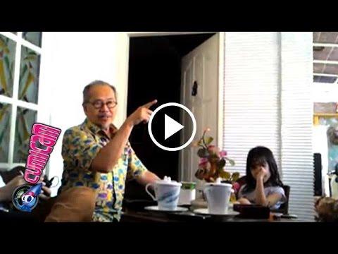 Ayah Reza Artamevia Murka, Putrinya Dimanfaatkan Gatot Brajamusti - Cumicam 03 September 2016