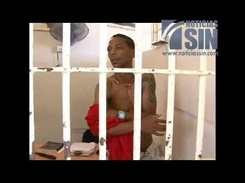 Reo mata a otro en cárcel La Victoria momentos en que El Informe realizaba reportaje especial