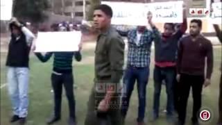 سوهاج | اعتداء مدير مدرسة رفاعة الثانوية على الطلاب المطالبين بالافراج عن زميلهم المعتقل