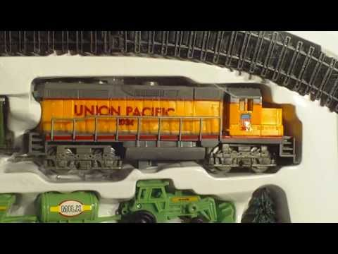 Video For Children Toy Trains Yellow Union Pacific Farm Train For