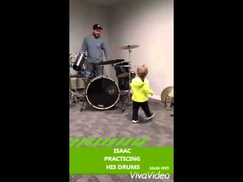 Isaac, daddy on drums(4)