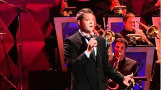 Michael Buble - Feeling good - LIVE in Los Angeles (HQ)