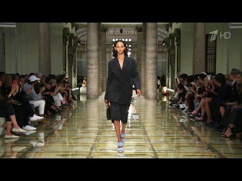 В Милане лучшие дизайнеры представили коллекции весна/лето-2020.