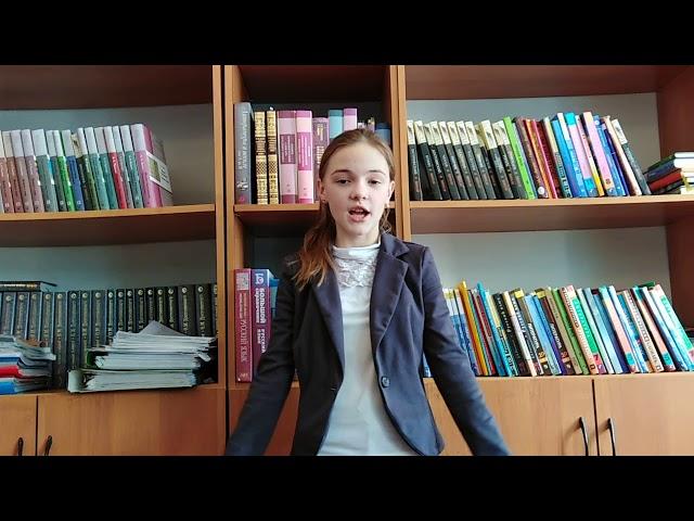 Изображение предпросмотра прочтения – МаринаКалемина читает произведение «Как белочка дятла спасла» В.А.Сухомлинского