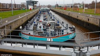 'LIQUIDOS'(1061HP) Spotted Leaving a Lock in #Groningen - #919NL ?