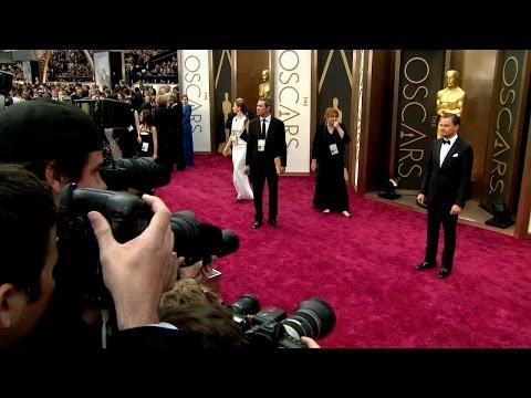 Kjendisene ankommer Academy Awards