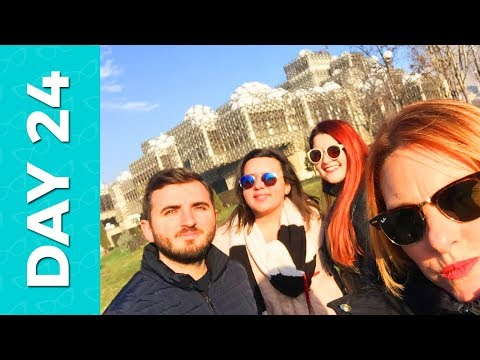 The day we went to Kosovo  - Kika Aveiro