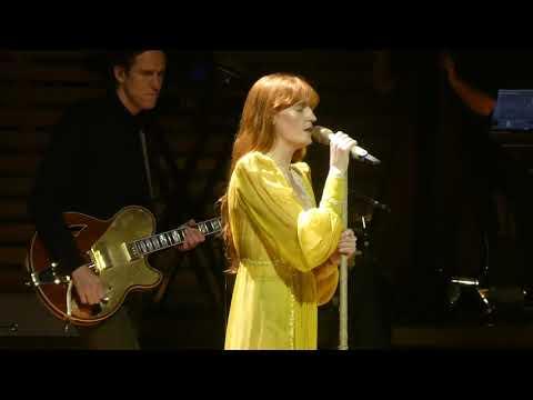 """The End Of Love"" Florence & The Machine@Wells Fargo Center Philadelphia 10/14/18"