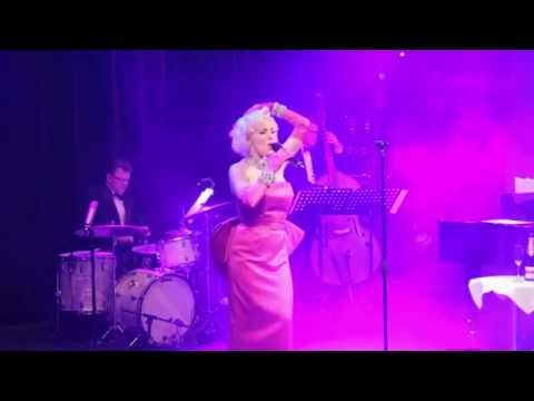 Suzie Kennedy as Marilyn Monroe Live Diamonds