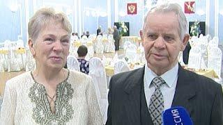 В Череповце чествовали семейные пары, отпраздновавшие золотые, бриллиантовые и железные свадьбы