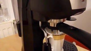Espressor de cafea DeLonghi EC221 B