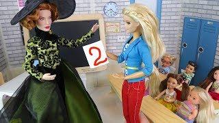 НОВАЯ УЧИТЕЛЬНИЦА Поставила Двойку перед всем классом  Мультик #Барби Школа Куклы про школу