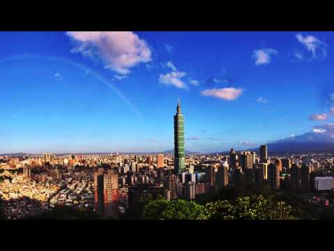 150822 Sky over Taipei101 before Typhoon Goni
