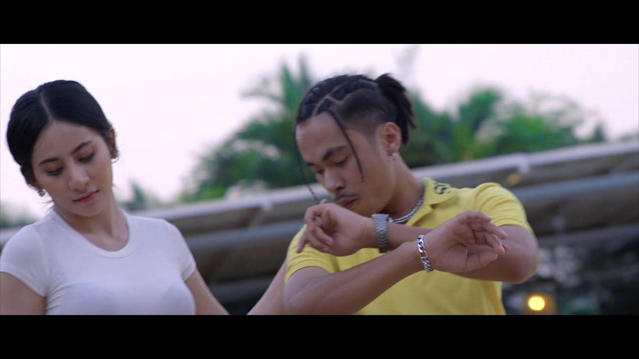 "Tempo Tris - នារីបឹងទំពុន ""Neary Beong Tumpun"" (Official MV) ft Rawyer , Snooga [Explicit]"