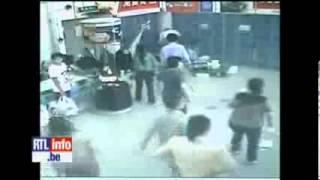 Une dame tue par un chariot de supermarché