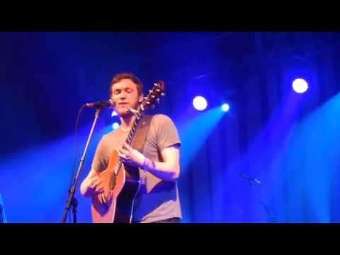 Phillip Phillips - Can't Go Wrong (Live) at Carthage College mp3