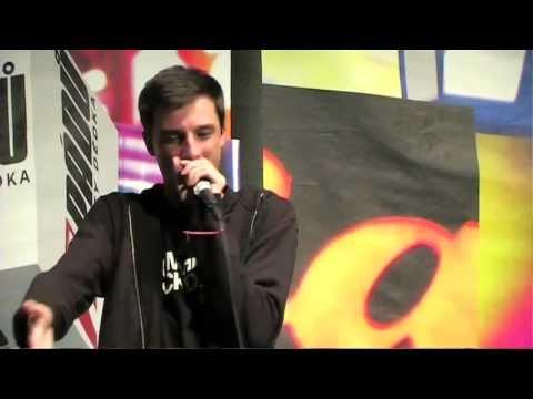 """7 pádů HD: Johny Machette """"Se zblázním/Vyprošťovák/Stačí mi to nejlepší"""" Live (v Paláci Akropolis)"""