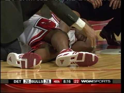Duhon Injures his knee