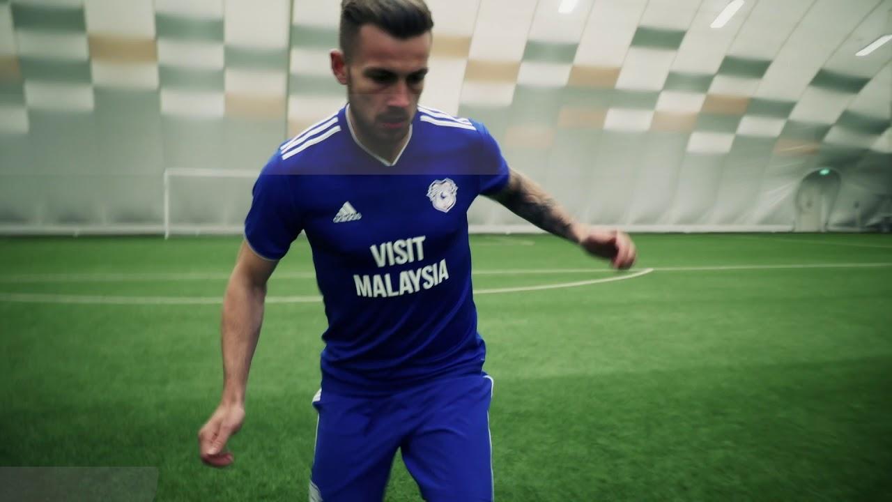 Cardiff City Fc Home Kit 2018 19 Youtube